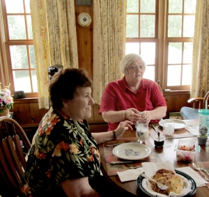 Sharing breakfast at Bonnie and Jay's home.